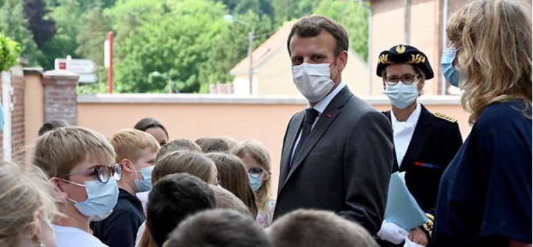la question d'un écolier à Emmanuel Macron
