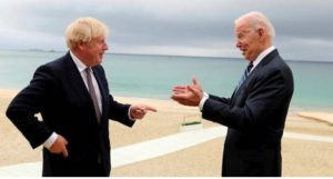 Boris Johnson et Joe Biden lors du sommet du G7